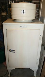 GE CK 2 B16 1930s Monitor Top Refrigerator WORKS! Vintage Appliance