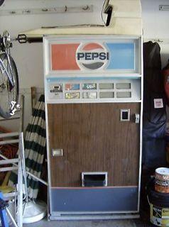 vintage pepsi vending machine in Banks, Registers & Vending