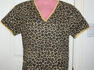 NEW Nursing Medical Scrubs Top Leopard Print Brown MEDIUM