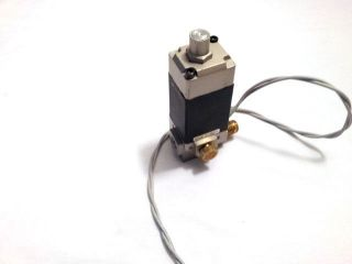 SMC NVS3115 0252D Air Valve 3 Port 1/4 NPT with Manual Overide