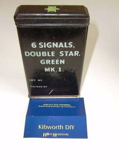 FLARE TIN BOX . GREEN 1945 ARMY SIGNALS WW2 .MILITARY