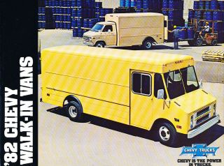 1982 Chevrolet Chevy Step Van Cargo Sales Brochure Catalog