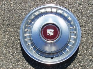 1982 1983 1984 CADILLAC COUPE DEVILLE SEDAN FLEETWOOD HUBCAPS WHEEL