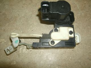 95 05 BLAZER JIMMY LEFT FRONT DRIVER SIDE POWER LOCK ACTUATOR (Fits