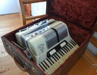 noble accordion in Accordion & Concertina