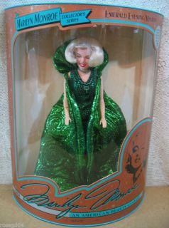 marilyn monroe collector doll in Dolls