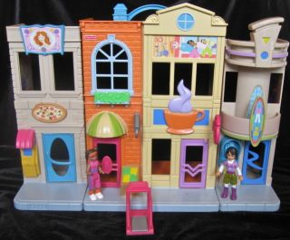 fisher price sweet streets lot in Dollhouses