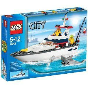 CITY   Lego Fishing Boat BUILDING SET # 4642 by LEGO