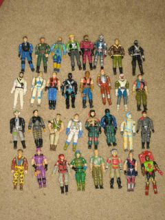 GI Joe Action Figure HUGE Lot OF 32 Snake Eyes Cobra Commander all