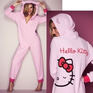NEW AVON LADIES GIRLS PINK HELLO KITTY BOW ONESIE SNUGGLE SUIT PYJAMAS