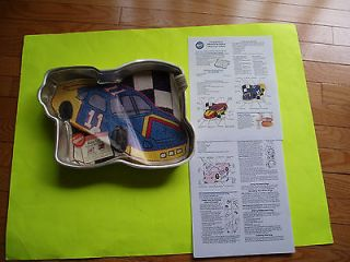 WILTON RACE CAR CAKE PAN W/INSERT + DIRECTIONS VGC