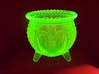 VASELINE URANIUM GLASS WITCH POT