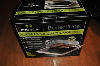 NIB Magneflux Portable Induction Cooktop w/Bonus Pan