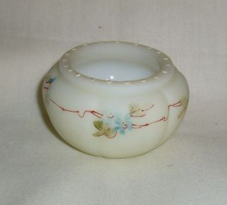 RIB HAND PAINTED MT WASHINGTON LIBBEY CROWN MILANO OPAL WARE SALT