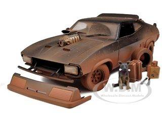 MAD MAX ROAD WARRIOR INTERCEPTOR MUDDY VERSION 1:18 BY AUTOART 72749