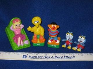 Sesame Street Muppet Cake Toppers,Stamps   Miss Piggy Big Bird & More