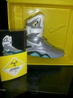 Nike Mag 2011 Limited Edition 4 Ceramic Replica McFly Plus Pin Air