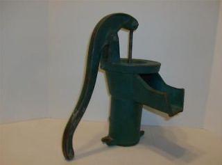 Vintage Cast Iron Hand Pump Water Fountain Well Farm Garden Antique