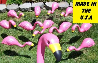 27 PLASTIC PINK FLAMINGOS YARD LAWN ORNAMENTS FLOCK OF 12 bulk lot of