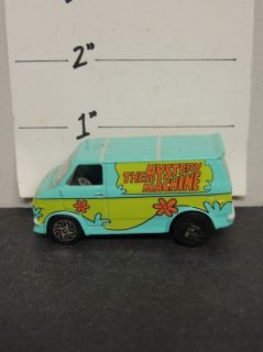 1339] 2002 Racing Champions Scooby Doo Mystery Machine Die Cast Car