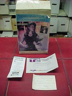 Terminator 2 / SARAH CONNOR / Classic plastic / RESIN MODEL KIT   VERY