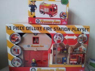Sam Bundle Deluxe Fire Station + Jupiter Fire Truck / Engine NEW