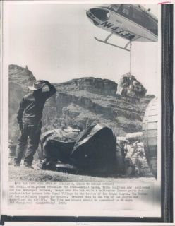 1969 Grand Canyon AZ Havasupai Indian Helicopter Drops Prefab House