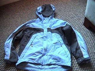 KIDS REI ELEMENTS BLUE AND GRAY LIGHTWEIGHT HOODY WINDBREAKER JACKET