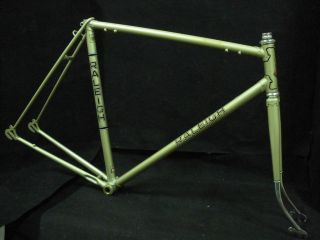 Vintage Bicycle Race FRAME set 22,5 RALEIGH Grand Prix for 27 wheel