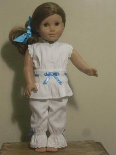 american girl doll clothes in Dolls