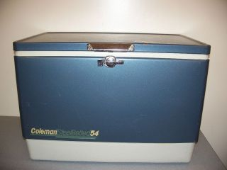 VINTAGE STEEL BELTED COLEMAN COOLER ICE CHEST 54 QT CAMPING PICNIC