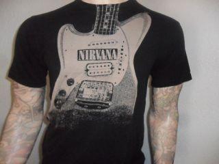 NIRVANA TSHIRT Kurt Cobain Fender Jagstang Guitar M