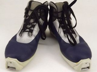 Womens cross country ski boot blue synthetic Fischer 39 8 M telemark
