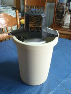 ice cream maker vintage RCW electric US made