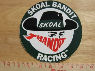 GREEN SKOAL BANDIT RACING ROUND DECAL 6.25IN