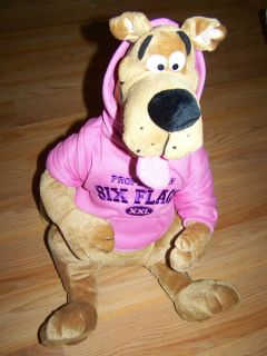 18 Scooby Doo Plush Dog from Six Flags wearing Pink Hoodie Great Dane