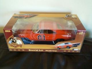 DUKES OF HAZZARD GENERAL LEE 1/18 DIE CAST VEHICLE MIB