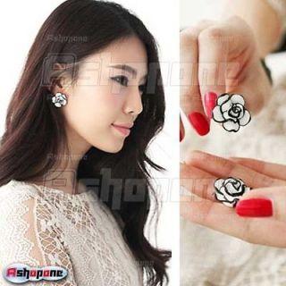 Fashion Girl Women Elegant Cute Simple Black White Rose Flower Ear