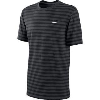 Nike Herren T Shirt Swoosh, anthrazit im Karstadt sports – Online