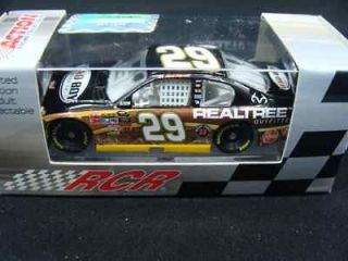 29 KEVIN HARVICK 2011 REALTREE / BAD BOY BUGGIES IMPALA 1/64
