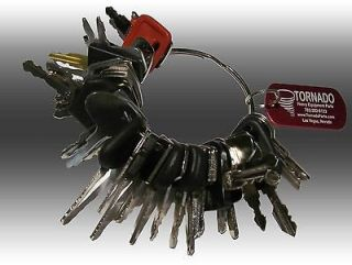 heavy equipment keys in Parts & Parts Machines