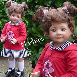 Masterpiece Jenna Monika Levenig 32 Brunette Vinyl & Cloth, Doll In