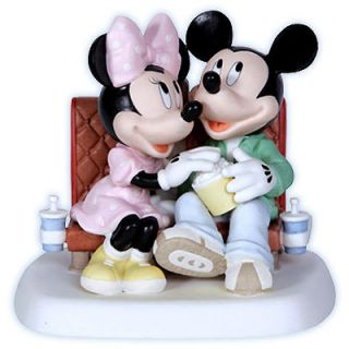 Precious Moments Mickey & Minnie Mouse Reel Love Premier New 2012