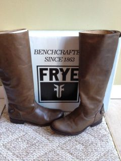 Frye Melissa Button back zip boots size 6.5 Fawn color worn once look