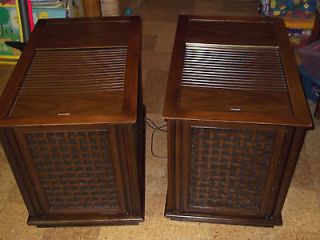 MAGNAVOX RADIO PHONOGRAPH STEREO CONSOLE END TABLES SPEAKERS 1960S