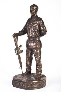 Irish Republican Army Soldier with Gun   Bronze Sculpture Hand Made in