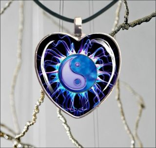 AND YANG ELECTRIC BLUE HEART GLASS CABOCHON SILVER NECKLACE PENDANT