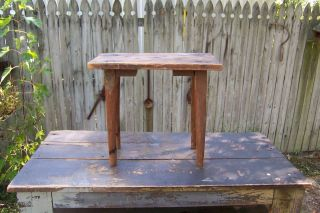 OLD ANTIQUE PRIMITIVE WOOD WOODEN STEP STOOL MILKING STOOL?