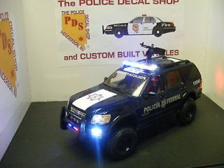 Mexico Federal Police 1/18 Ford Explorer Diecast with Machine Gun LEDs