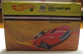 1968 Hot Wheels Storage Case Carrying Case with 12 Hot Wheels Cars